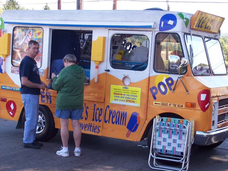 Lora's Ice Cream Truck